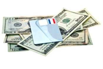 Что выбрать: кредитную карту или кредит наличными?