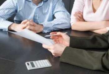 Зачем банки принуждают клиентов платить страховку при оформлении потребительского кредита?