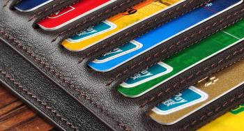 Как избавиться от невыгодной кредитной карты